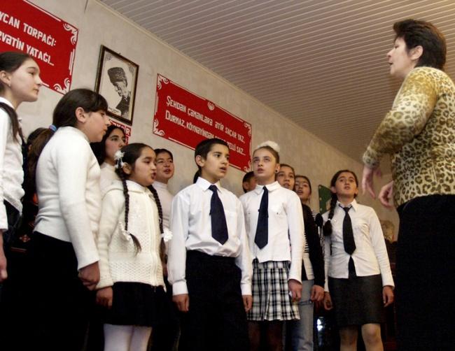 Gesangsunterricht in der Musikschule in Göy Göl (ehemals Helenendorf)